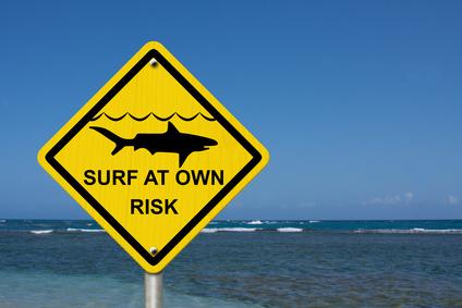 Warnschild - Haiwarnung für Surfer