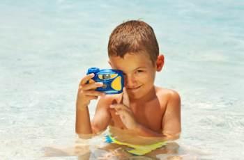Günstige Unterwasserkameras für Kinder eignen sich oftmals auch zum Schnorcheln